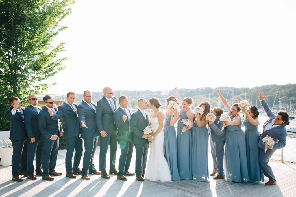 A Return to Larger Weddings